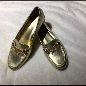 Covington Gold Loafers with metal charms - 7.5